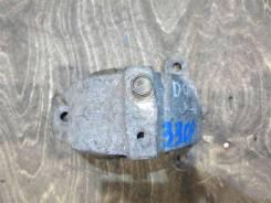 Подушка крепления КПП Dodge Caravan 2002 [4861273AA] IV 3.3, задняя