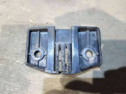 Ограничитель открывания двери Chevrolet Suburban 1995 [15960306] GMT400 5.7