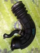 Патрубок воздушного фильтра Ваз 2112 2006 1.6 16V