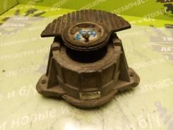 Подушка двигателя Mercedes-Benz W212 2012 [A2042404217] M271860