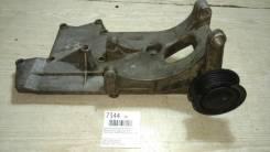 Кронштейн генератора Mercedes-Benz/Tagaz Tager [A1621553035] M163