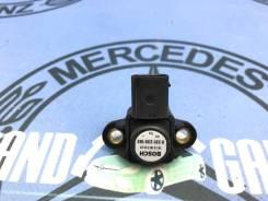 Датчик Mercedes-Benz E-Class 2007 [0061531528] W211 642.920 3.0
