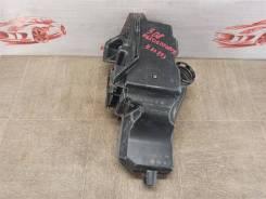 Воздуховод - воздушный ресивер (резонатор) Peugeot 206 (1998-2009) [9650677080]