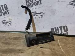 Камера заднего вида Volkswagen Touareg 2007 [1J0827566L] 7L BAR