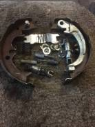 Колодки ручника Toyota Camry [4655033020] ACV40 2AZ-FE, задние правые