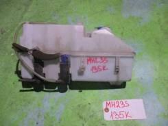 Бачок стеклоомывателя Suzuki Wagon R MH23S