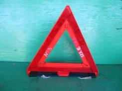 Знак аварийной остановки Toyota Rav4 SXA16