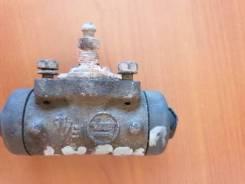 Цилиндр тормозной рабочий Toyota Hiace Van 1998 [4755030100] LH104L 2L