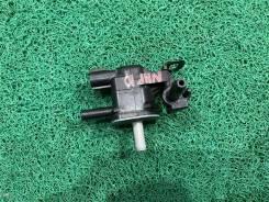 Клапан вакуумный Toyota Aqua 2013(107) [9091012276] NHP10 1Nzfxe
