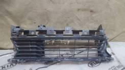 Решетка в бампер центральная Renault Logan 2014-2019 [622542439R]