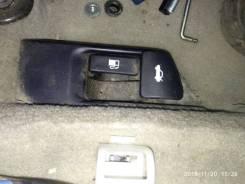 Ручка открытия лючка бензобака Toyota Camry 2007-2011 [6460633030]