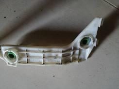 Кронштейн бампера Toyota noah [5215528050], правый задний