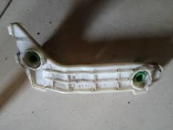 Кронштейн бампера Toyota noah [5215628030], левый задний