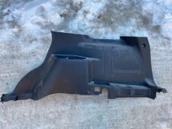 Обшивка багажника правая Ford Explorer 11-