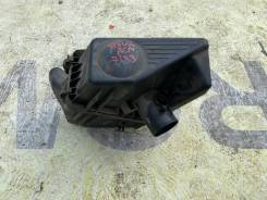 Корпус воздушного фильтра Toyota Ipsum 17700-28180