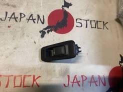 Блок управления стеклоподъемниками задний левый Nissan Avenir W11