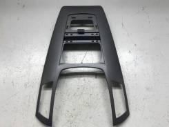 Накладка торпеды Opel Zafira B 2007 [13150253]