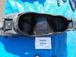 Бардачок Honda Forza