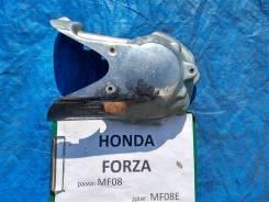 Крышка боковая Honda Forza