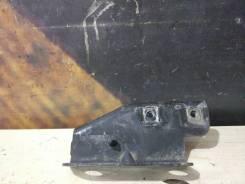 Крепление крыла Cadillac Escalade, левое