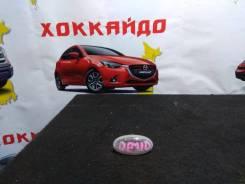 Повторитель в крыло Mazda Demio