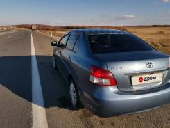 Эмблема крышки багажника Toyota Belta KSP92 {Premio, Allion, Corolla }