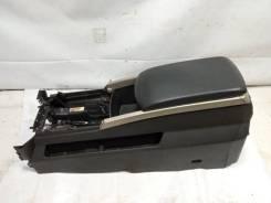 Бардачок между сиденьями Infiniti Qx56 2005 [969507S609] JA60 VK56DE, передний [133877]