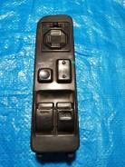 Продам кнопка стеклоподъемника на Toyota Master ACE SURF CR30