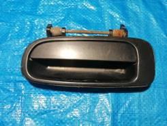 Продам ручка двери внешняя задняя левая на Toyota Vista SV30, CV30