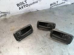 Ручка передней правой двери внутренняя Toyota Carina [69205-20120-B1]