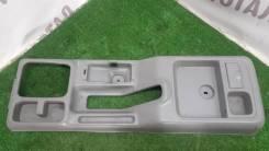 Консоль между сидений Mazda Bongo Friendee