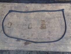 Уплотнитель двери передний правый контрактный Toyota Vista Ardeo