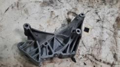 Кронштейн двигателя правый Volkswagen Tiguan 2008 CAWA