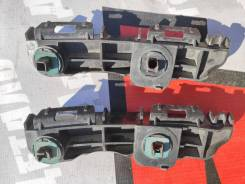 Кронштейн заднего бампера правый Toyota Rav 4 2013