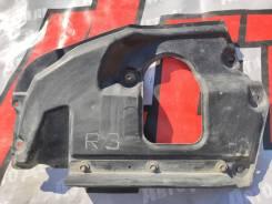 Пыльник переднего бампера правый Lexus LX450D