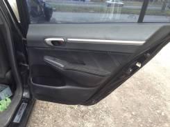 Обшивка двери (дверная карта) Honda Civic 2005-2011 4D, задняя правая