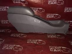 Бардачок между сиденьями Toyota Carib 1999 AE111-7071013 4A-H371642