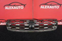 Решетка радиатора Nissan R'Nessa