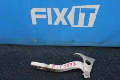 Петля капота Honda Fit (Хонда Фит) GD1, правая
