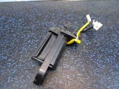 Ручка открывания багажника Mitsubishi Outlander (Митсубиси Аутлендер) CW5W