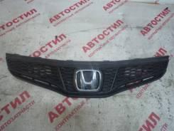 Решетка радиатора Honda FIT 2010 [13901]
