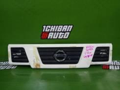 Решетка радиатора Nissan NV100 Clipper, передняя
