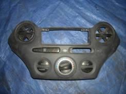 Блок управления печкой Toyota Vitz 2000 [5593652010]