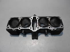 Блок цилиндров Honda X4 SC38