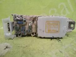 Блок предохранителей Toyota Avalon 1997г. в. [8264120110] 3.0 1MZFE
