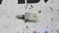 Концевик под педаль тормоза Suzuki Escudo