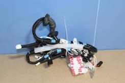 Жгут проводов двери багажника Toyota RAV 4 2013-2019 [8218442611]