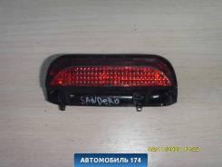 Фонарь задний (стоп сигнал) 8200734823 Renault Sandero Stepway (BS11) 2009-2014 Сандеро Степвей 8200734823