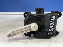 Моторчик заслонки печки Toyota Avensis 03-08 [0637008680]