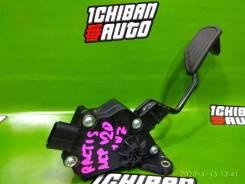 Педаль газа Toyota Ractis